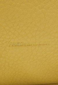 FREDsBRUDER - HAPPY - Tote bag - leaf - 4