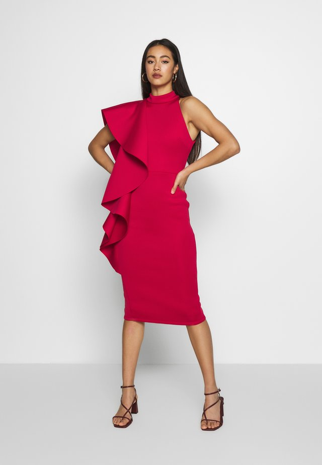 TRUE VIOLEY MIDI BODYCON WITH DRAPING SHOULDER FRILL DETAIL - Juhlamekko - cherry