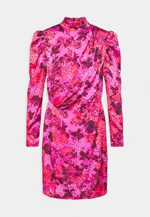 FRANCESCA - Koktejlové šaty/ šaty na párty - pink