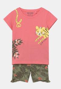 Blue Seven - SMALL GIRLS TIGERJUNGLE SET - T-shirt print - pink - 0
