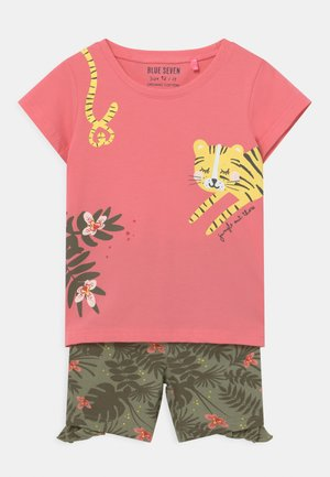 SMALL GIRLS TIGERJUNGLE SET - Triko s potiskem - pink