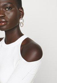 N°21 - CUT OUT DRESS - Jumper dress - beige - 5