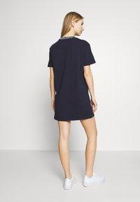 Tommy Jeans - BRANDED NECK TEE DRESS - Vestido informal - twilight navy - 2