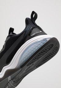 Puma - LQDCELL TENSION - Zapatillas de entrenamiento - black/white - 5