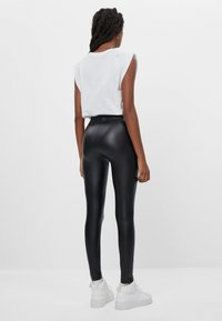Bershka - Leggings - black - 2