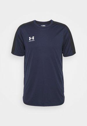 CHALLENGER TRAINING - T-shirt imprimé - midnight navy/white