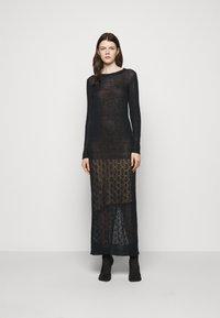 Trussardi - Pletené šaty - black - 0