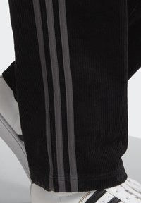 adidas Originals - Trousers - black - 4