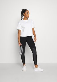 Sweaty Betty - BOXY TEE - Basic T-shirt - white - 1