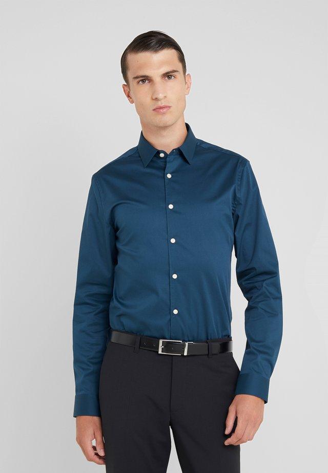 FILBRODIE SLIM FIT - Kostymskjorta - army petrol