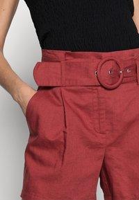 NAF NAF - EFALLIN  - Shorts - terre cuite - 3