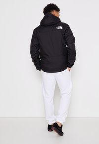 The North Face - MENS QUEST JACKET - Waterproof jacket - black - 2