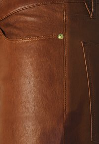 Frame Denim - LE HIGH SKINNY - Pantalon en cuir - tobacco - 2