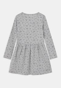 Blue Seven - KIDS GIRLS - Jersey dress - nebel - 1