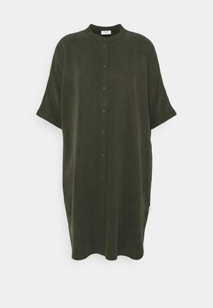 DRESS SHORT SLEEVE BUTTON PLACKET - Korte jurk - deep depth
