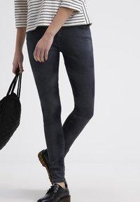 Levi's® - 535 LEGGING - Jeans Skinny Fit - tumbled stone - 3
