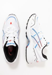 ASICS SportStyle - GEL-1090 - Sneaker low - white/blue coast - 1