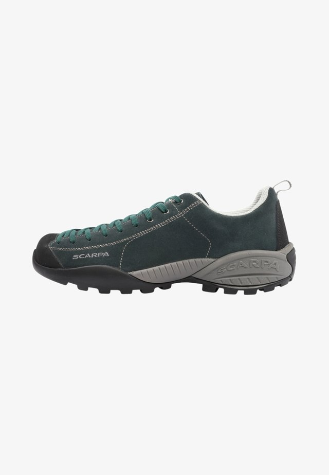 MOJITO GTX - Climbing shoes - jungle green