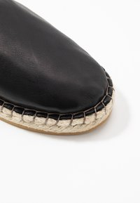 Filippa K - JOANNA STRETCH  - Espadrilky - black - 2