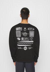 Topman - BARCODE GRAPHIC  - Sweatshirt - black - 2
