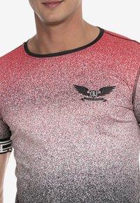 Cipo & Baxx - Print T-shirt - red - 5