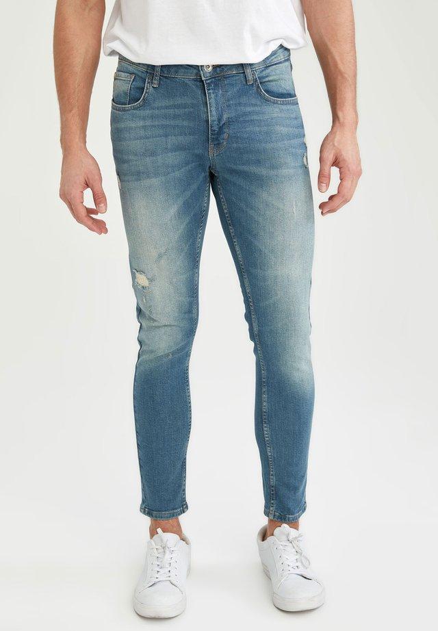 SLIM FIT  - Jeans slim fit - green
