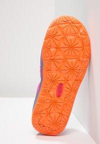 Keen - MOXIE  - Walking sandals - purple wine/nasturtium - 5
