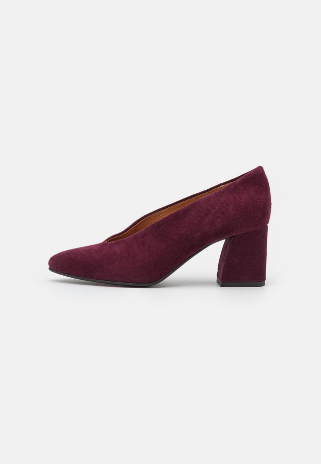 VMIBI - Classic heels - port royale