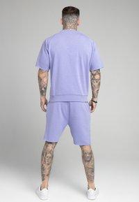 SIKSILK - RELAXED CREW - Print T-shirt - purple marl - 2