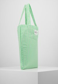 Mads Nørgaard - ATOMA - Tote bag - white/green - 3