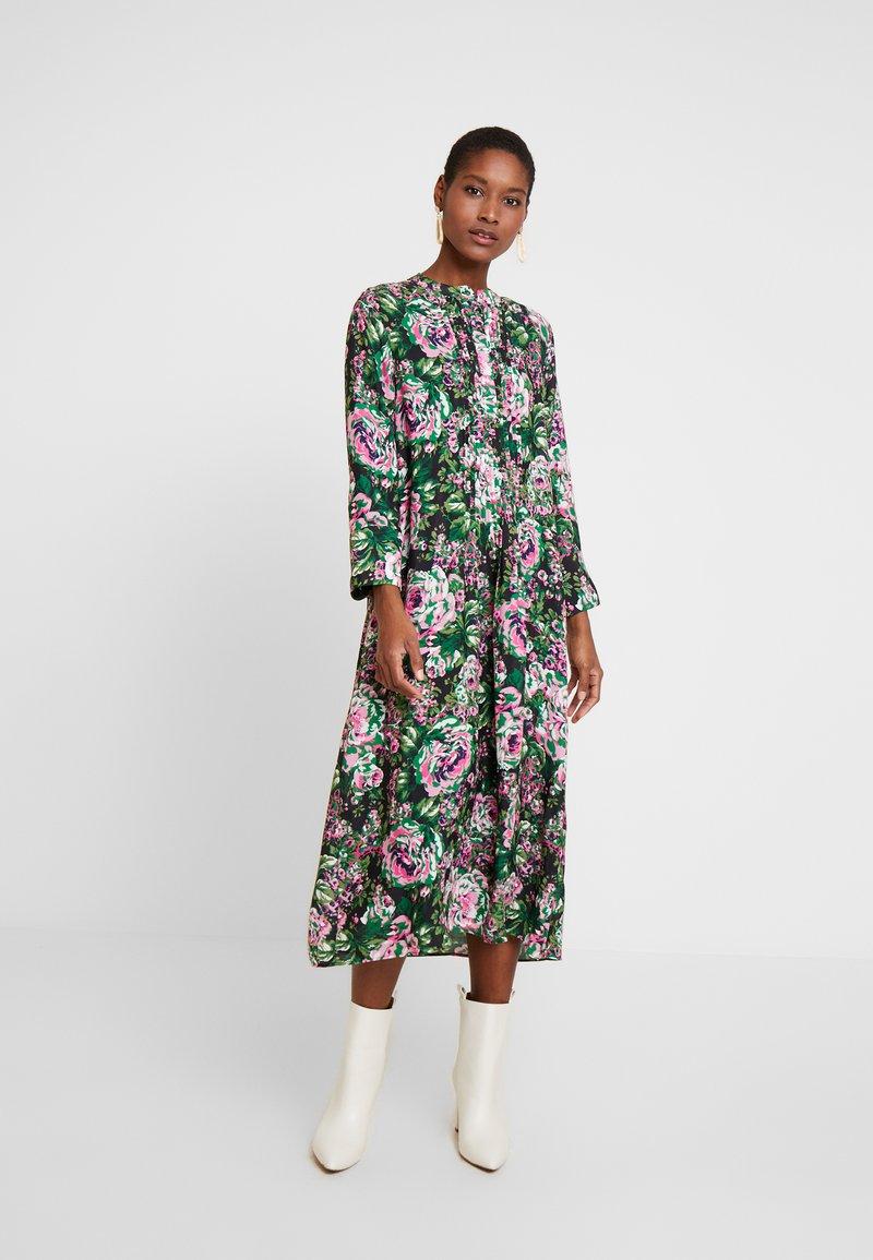 Rich & Royal - DRESS WITH PIN TUCKS - Denní šaty - multi-coloured/black/neon pink