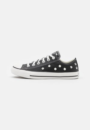 CHUCK TAYLOR ALL STAR - Tenisky - black/white