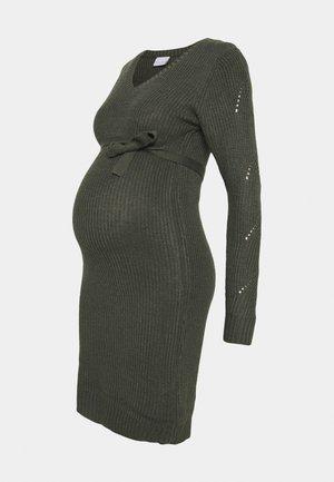 MLLINA DRESS - Strikket kjole - balsam green