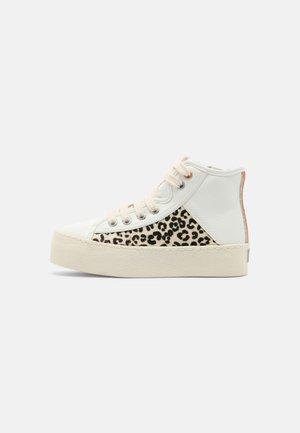 JEVER - Sneakers hoog - blanco