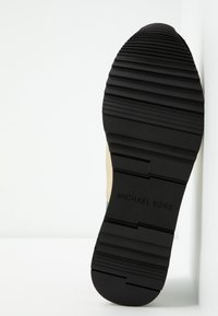MICHAEL Michael Kors - TRAINER - Slip-ons - black/pale gold - 6
