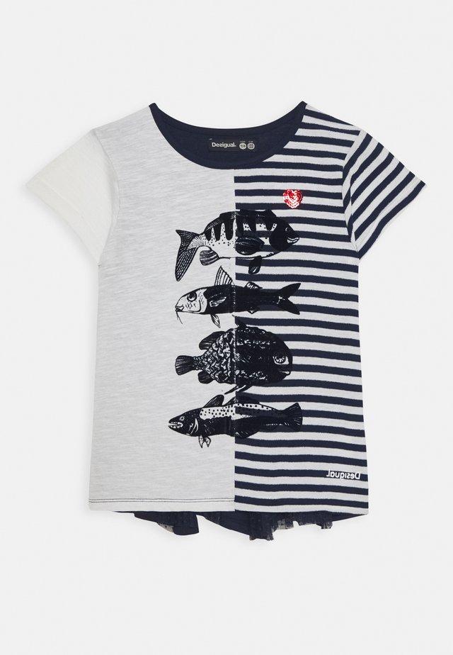 PETERBOROUGH - Print T-shirt - navy