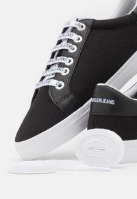Calvin Klein Jeans - PROFILE LACEUP  - Sneakers laag - black - 5