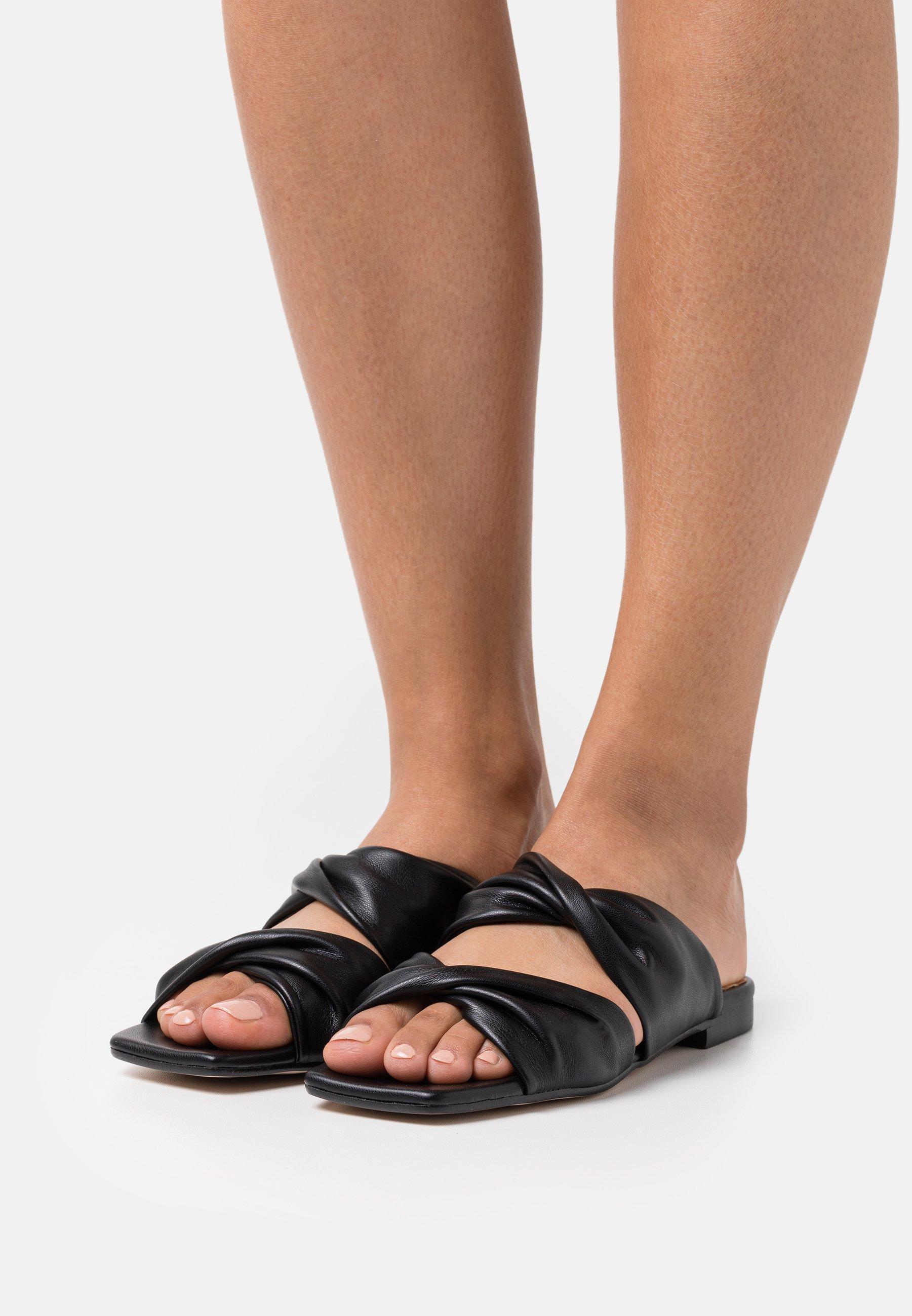 Damen NECANE - Pantolette flach