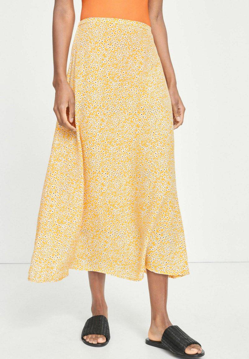 Samsøe Samsøe - A-line skirt - yellow aster
