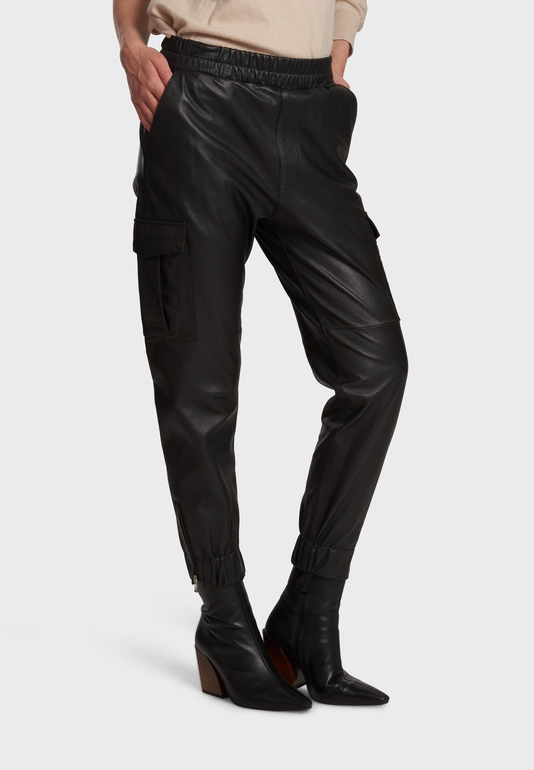 Women CARGO - Leather trousers