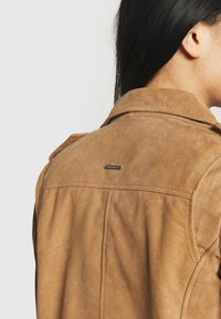 Deadwood - RIVER - Leather jacket - brandy - 4