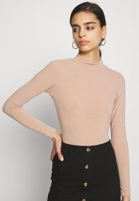 New Look - TURTLE BODY - Long sleeved top - camel - 3