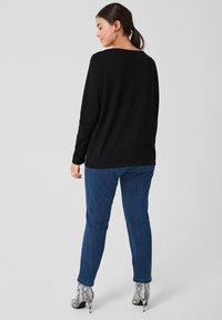 Triangle - Long sleeved top - black - 2
