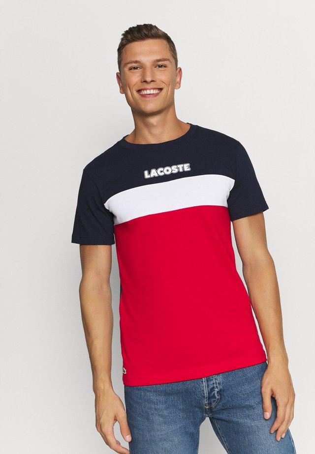 T-shirt imprimé - marine/rouge