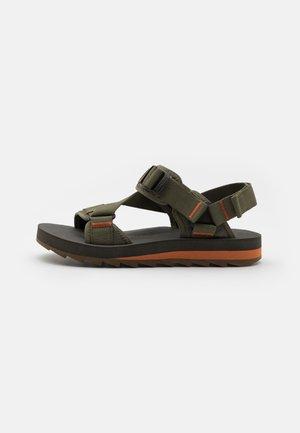 ALPINE STRAP - Chodecké sandály - olive