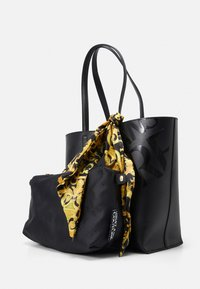 Versace Jeans Couture - THELMA BAG SET - Shopping bag - nero - 5