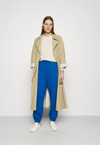 Gestuz - RUBI PANTS - Tracksuit bottoms - french blue - 1