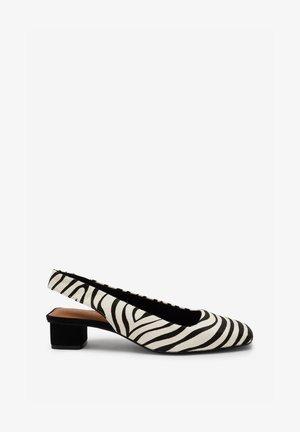 Classic heels - Black white