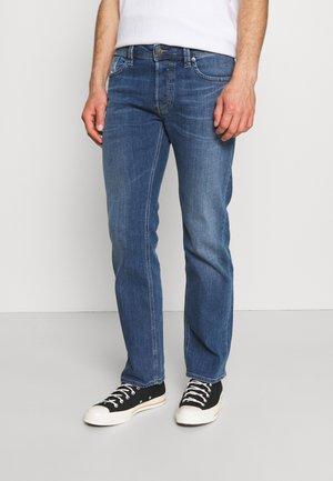 LARKEE-X - Džíny Straight Fit - blue denim