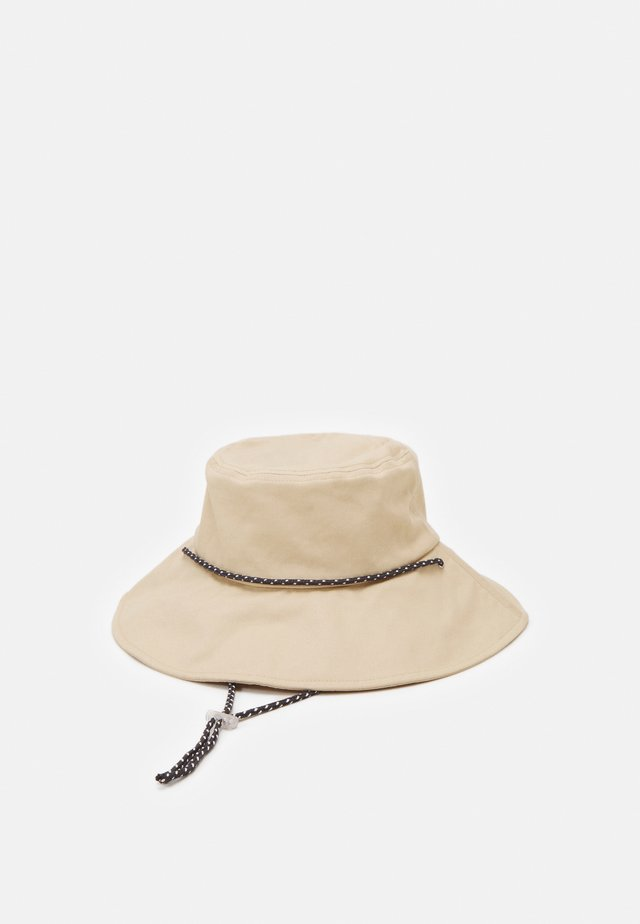 ONLPAMA BUCKET CORD HAT - Hoed - frosted almond